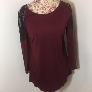 Maurice's brand woman's large top NWT